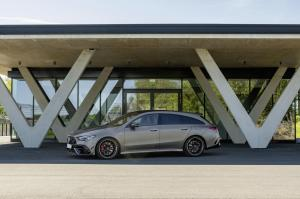 mercedes-benz-cla-45-amg-shooting-break-x118-13