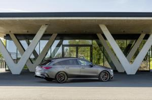 mercedes-benz-cla-45-amg-shooting-break-x118-14