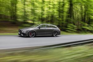 mercedes-benz-cla-45-amg-shooting-break-x118-3