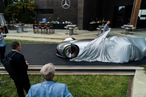 mercedes-benz-vision-EQ-silver-arrow-20 (1)