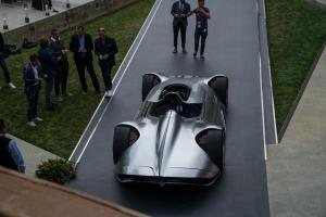 mercedes-benz-vision-EQ-silver-arrow-25