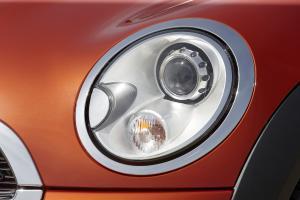 mini-cooper-cabriolet-2011-2