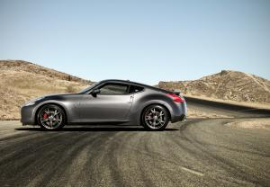 2010 Nissan 370Z 40th Anniversary Edition 3