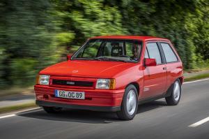Opel-Corsa-A-GSi-507119