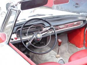 peugeot-404-cabriolet-injection-9