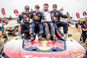 Peugeot Vainqueur Paris Dakar 2018