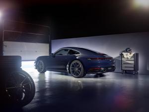 porsche-911-carrera-4s-belgian-legend-992-2019-1