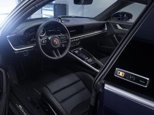 porsche-911-carrera-4s-belgian-legend-992-2019-4