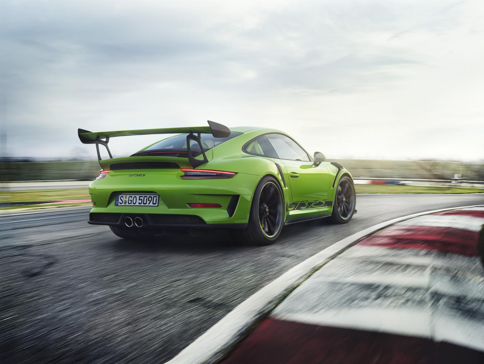 porsche-911-991-gt3-rs-pack-weissach-2