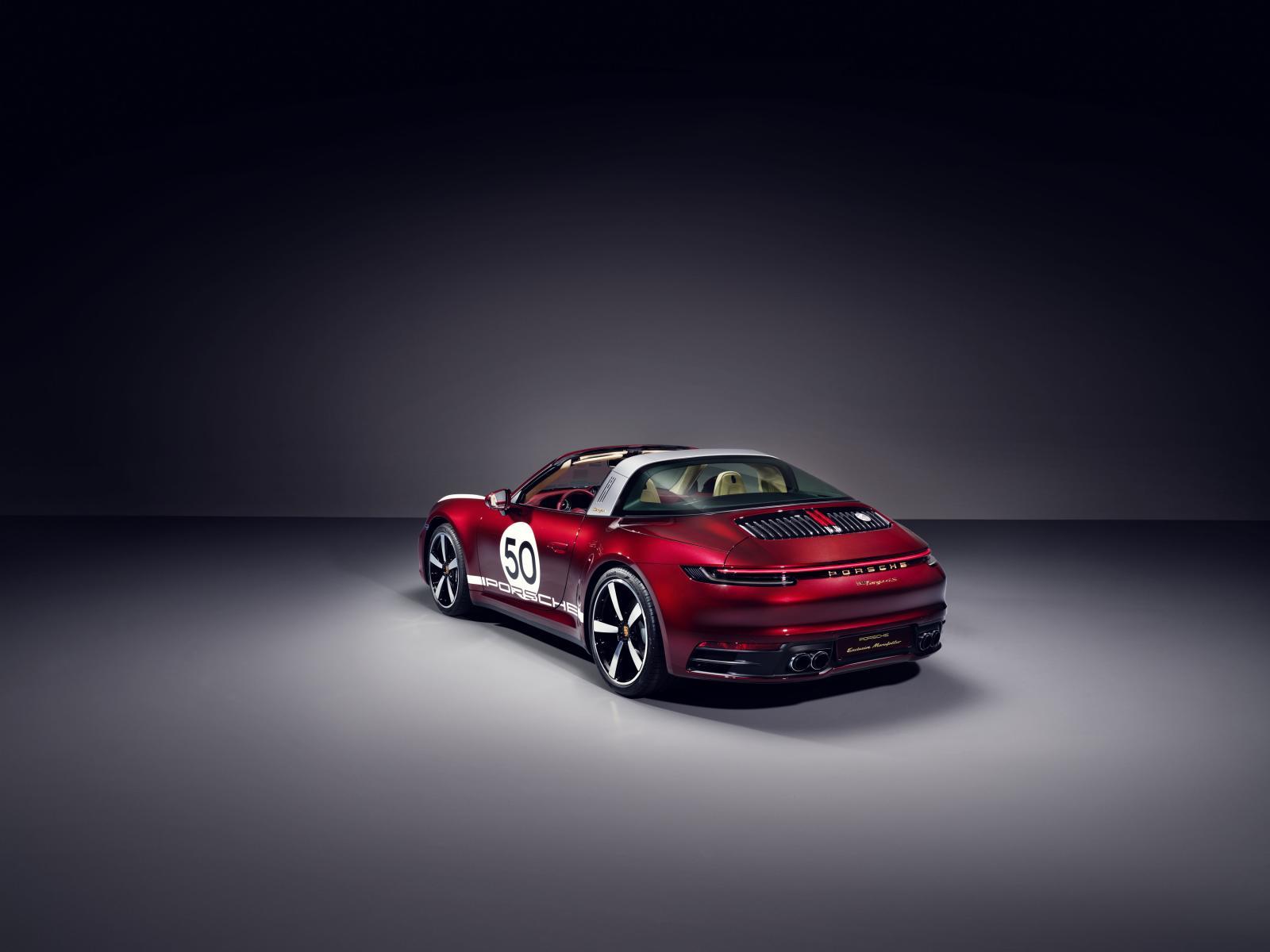 porsche 911 Targa 4S Heritage Design Edition-6
