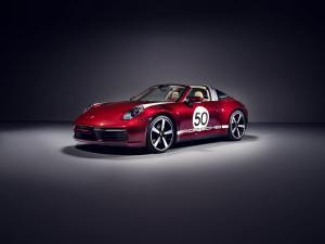 porsche 911 Targa 4S Heritage Design Edition-7