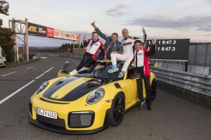 porsche-991-GT2-record-nurburgring-2017-3