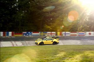porsche-991-GT2-record-nurburgring-2017-7