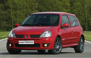 renault-clio-rs-trophy-8