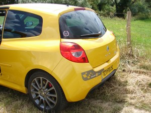 renault-clio-3-rs-f1-team-r27-106