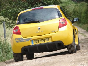 renault-clio-3-rs-f1-team-r27-108