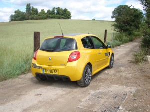 renault-clio-3-rs-f1-team-r27-116