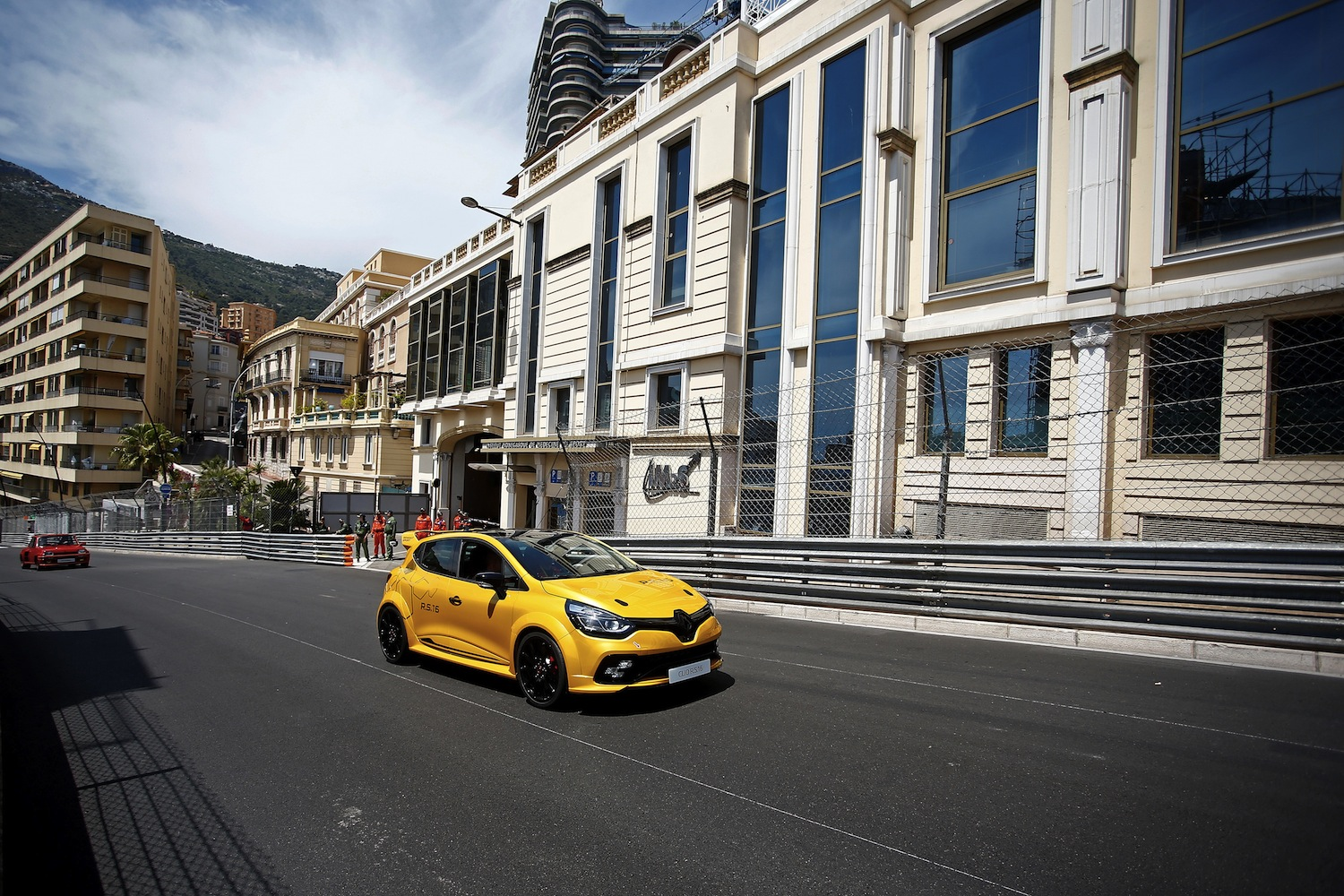 renault-clio-4-rs-16-30