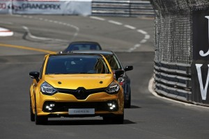 renault-clio-4-rs-16-27