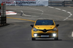 renault-clio-4-rs-16-28