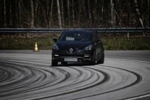 renault-clio-4-rs-16-6