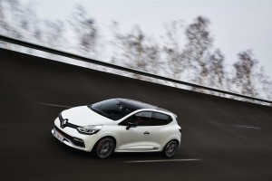 renault-clio-4-rs-trophy-7