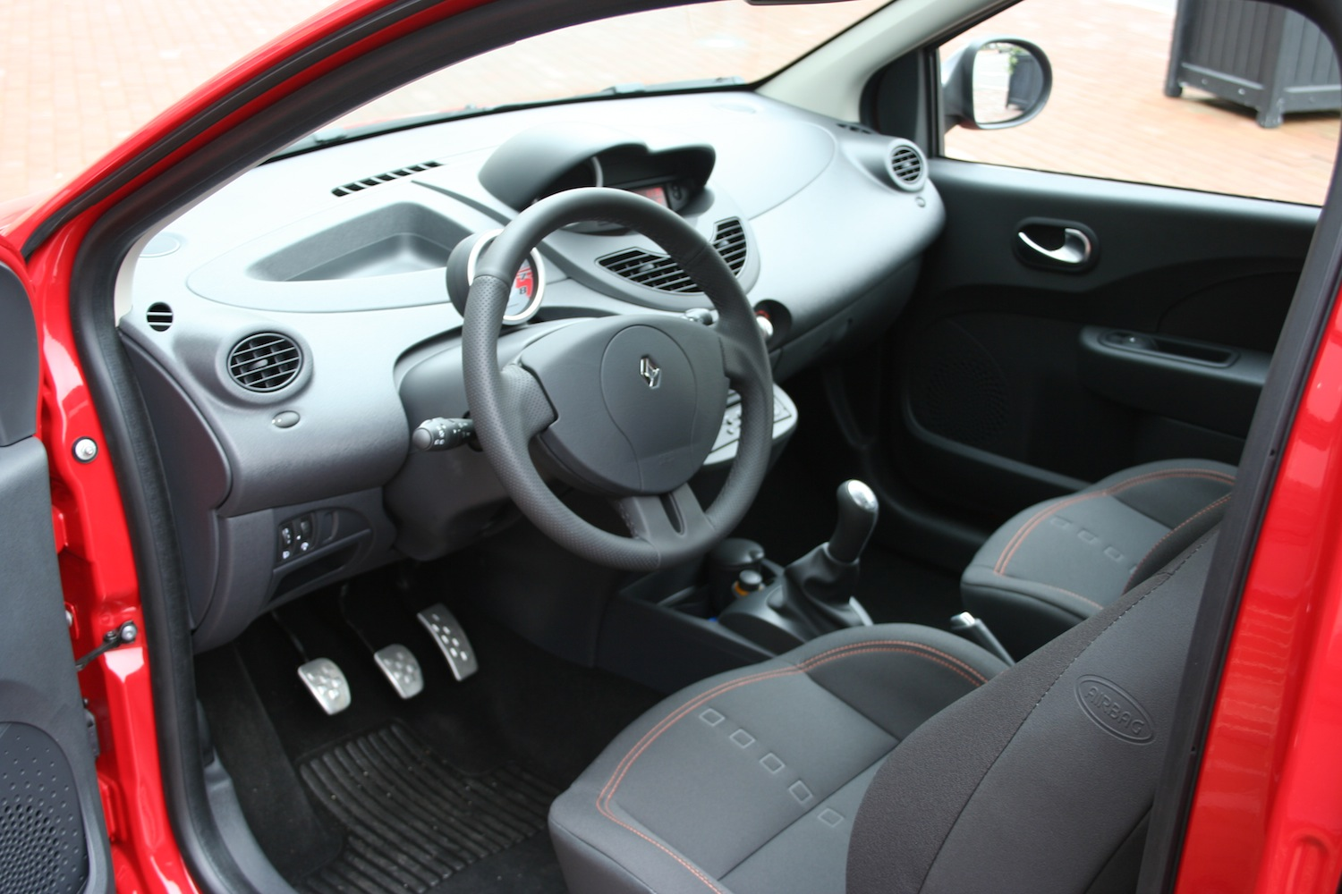 Renault twingo rs for Interieur twingo