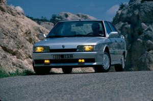 renault-21-2-litres-turbo-17