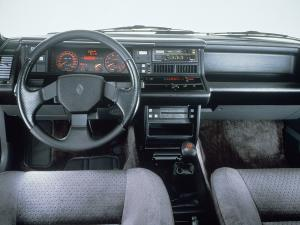 renault-21-2-litres-turbo-8