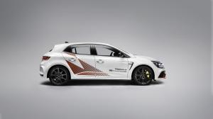 Megane RS Trophy-R Nurburgring Record Pack (3)