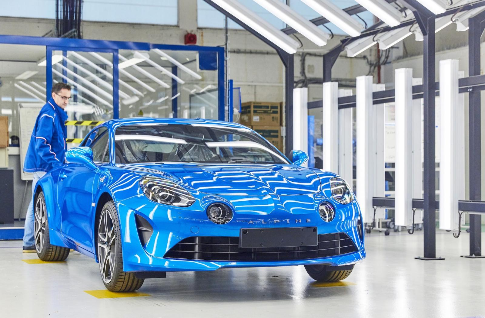 alpine-a110-usine-dieppe-inauguration-2017-1
