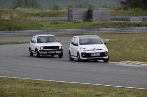 volkswagen-up!-gti-14