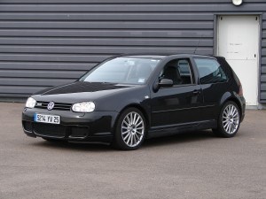volkswagen-golf-4-r32-58
