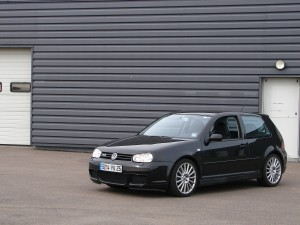 volkswagen-golf-4-r32-59