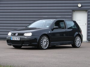 volkswagen-golf-4-r32-60