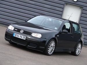 volkswagen-golf-4-r32-61