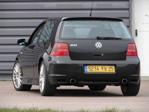 volkswagen-golf-4-r32-67