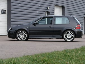 volkswagen-golf-4-r32-74
