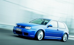 volkswagen-golf-4-r32-75