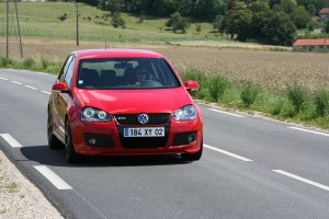 volkswagen-golf-5-gti-edition30-47