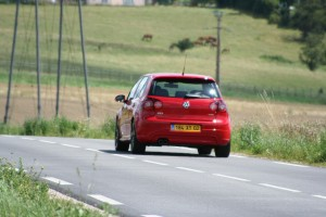 volkswagen-golf-5-gti-edition30-51