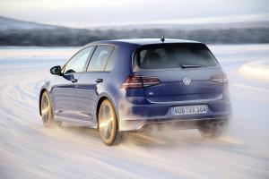 volkswagen-golf7-r-17