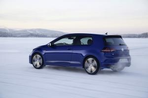 volkswagen-golf7-r-6