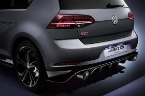 volkswagen-golf-7-gti-tcr-concept-24