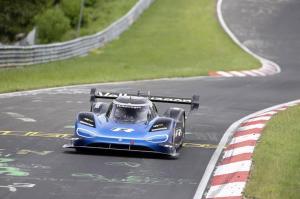 volkswagen-id-r-nurburgring-2019-10