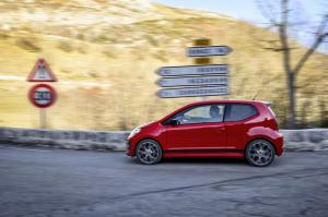 volkswagen-up!-gti-29
