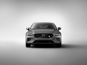 238932 New Volvo S60 Polestar Engineered exterior
