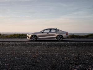 230762 New Volvo S60 Inscription exterior