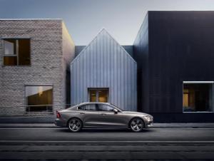 230767 New Volvo S60 Inscription exterior