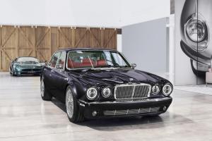 jaguar-xj-exclusive-greatest-hits-iron-maiden-nicko-mcbrain-2